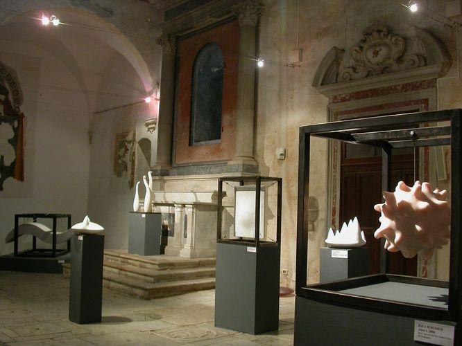 """Partecipa alla collettiva """"DonnaScultura"""" presso la Chiesa di Sant'Agostino a Pietrasanta http://musapietrasanta.it/content.php?menu=artisti"""