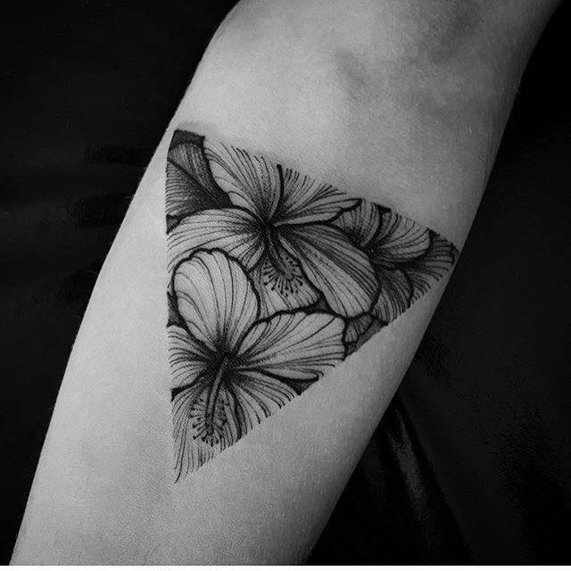 Tattoo by @fetattooer ___ www.EQUILΔTTERΔ.com ___ #Equilattera