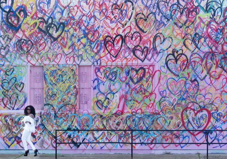 Love Wall in Houston: Photo Diary by Christobel Travel. This Love Wall is found in Houston, Texas. Click on the link for the address of the wall and more info. Houston wall art is considered a top attraction in Houston. Houston walls are very colorful. Downtown houston photography ✨Houston murals street art ✨ Houston color wall ✨ houston photography locations #christobeltravel ✨Houston Art, Art Walls, Street Art, Travel with Style, Travel in Style / Black girls / women travel