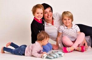 Inspirativní příběh o podnikání na internetu. Klára z littleshoes.cz zvládá vychovávat 3 děti a provozovat svůj e-shop s barefoot dětskou obuví. Jak dokázala úspěšně rozjet vlastní byznys na mateřské dovolené se dočtete na blogu – http://ow.ly/Wroz30czK1s