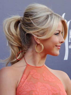 cute pony tail!: Julianne Hough, Ponytail Tutorials, Hairs Styles, Hairs Color, Bridesmaid Hairs, Cute Ponytail, Hairs Tips, Fancy Ponytail, Ponies Tail