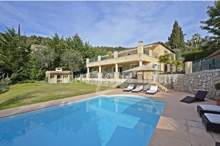 Located in a private and secure estate, beautiful villa of 231 sqm in very good condition, with garden of 1549 sqm , swimming pool. Quiet surroundings. #france #villaforsale #realestate #accomodation #villa #luxuryvilla #NicolasPisani #Villefranchesurmer  http://www.nicolaspisani.com/en/villa-sale-detail/villas/1662-for-sale-in-villefranche-sur-mer-beautiful-villa-231-sqm-sea-view-garden-1549-sqm-swimming-pool-garage-car-park-very-good-condition.cfm