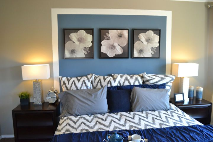 Blue bedroom at The Boulders.