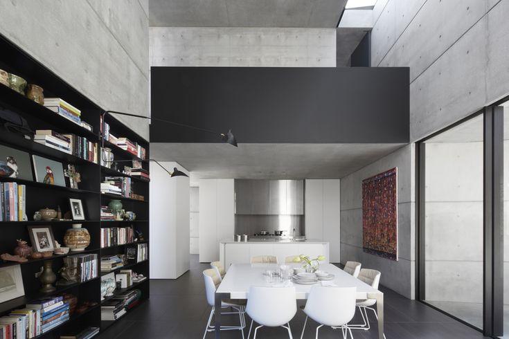 Gallery | Australian Interior Design Awards  WOOLLAHRA Jersey Rd - Smart Design Studio, Marian Riabic Photography, #VitrocsaSlidingDoors @VitrocsaAustralia