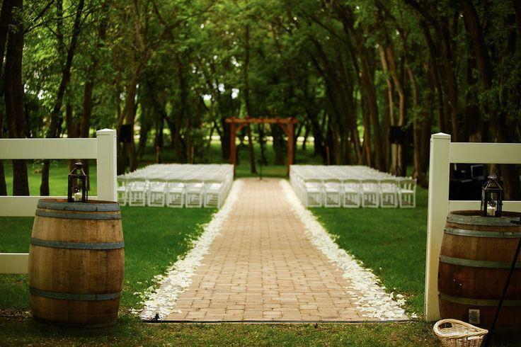 Carlos Creek Winery - Minnesota Wedding Venues @carloscreek