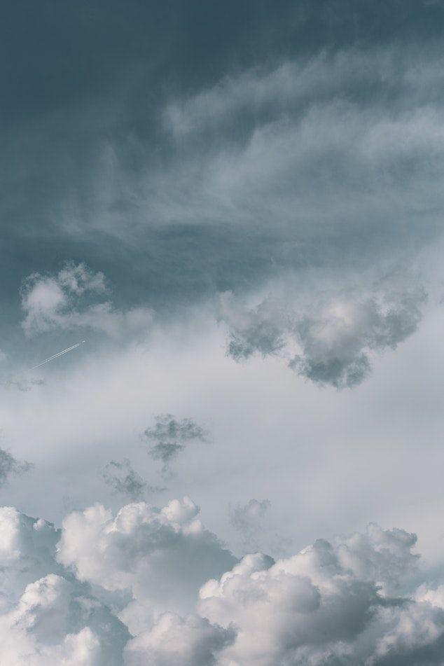White Cloudy Sky Iphone Duvar Kagitlari Duvar Kagitlari Iphone