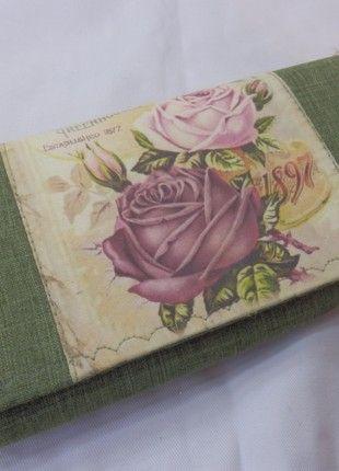 Kupuj mé předměty na #vinted http://www.vinted.cz/damske-tasky-a-batohy/penezenky/19069524-zelena-damska-penezenka