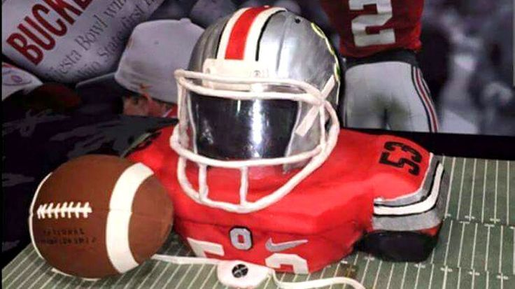 Ohio State raises the bar with recruiting cakes
