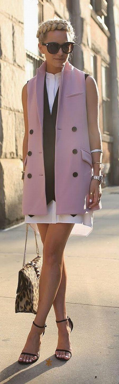 Emmy DE * Pink Taylor Vest