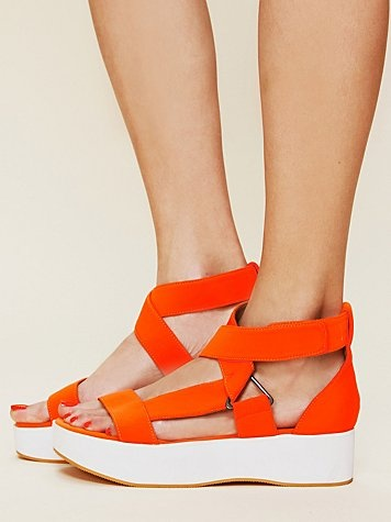 This is a great looking shoe and in a very favorite color of mine - Orange!!!   Brinkley Platform Sandal: Free People Clothing, Color, Campbell Brinkley, People Brinkley, Jeffrey Campbell, Clothing Boutiques, New Shoes, Brinkley Platform, Platform Sandals
