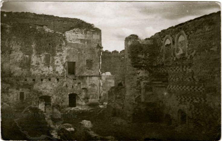 Orașul Hotin. Instantaneu din interiorul cetății lui Ștefan cel Mare.