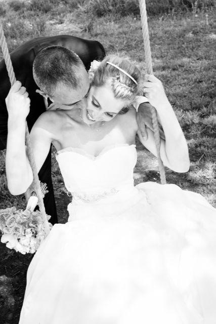 My favorite wedding photo! :) Wedding dress Pronovias. Photo by Linda Jöner.  #wedding #weddingdress #pronovias #weddingphoto