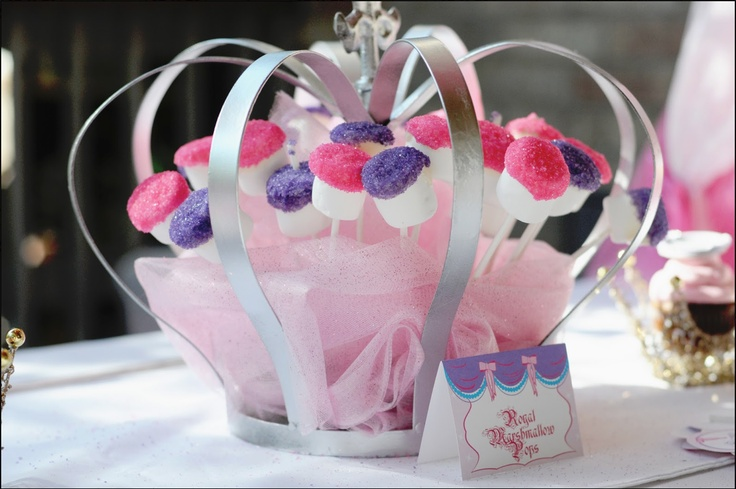 Royal Marshmallow Pops for a Princess party - I love the presentation in the crown!