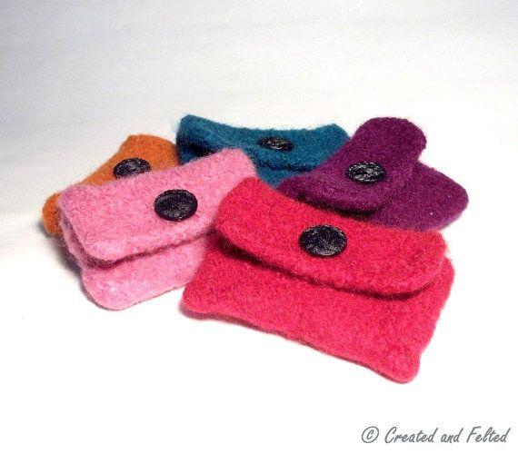 Super Simple Felt Purse Knitting Pattern.