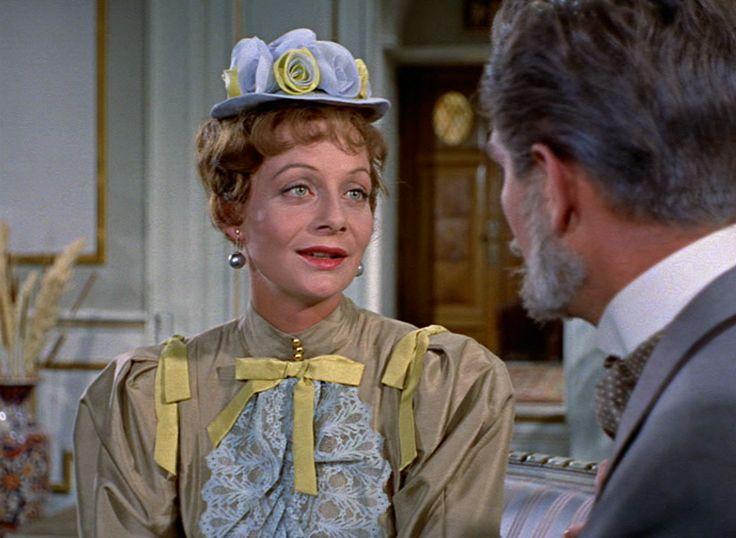 som Donna Lucia Dalvadorez, i Charles tante fra 1959. (her sammen med Holger Juul Hansen)