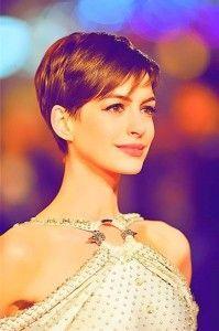 Beautiful Anne Hathaway Short Haircut 10 Best Anne Hathaway Short Haircuts
