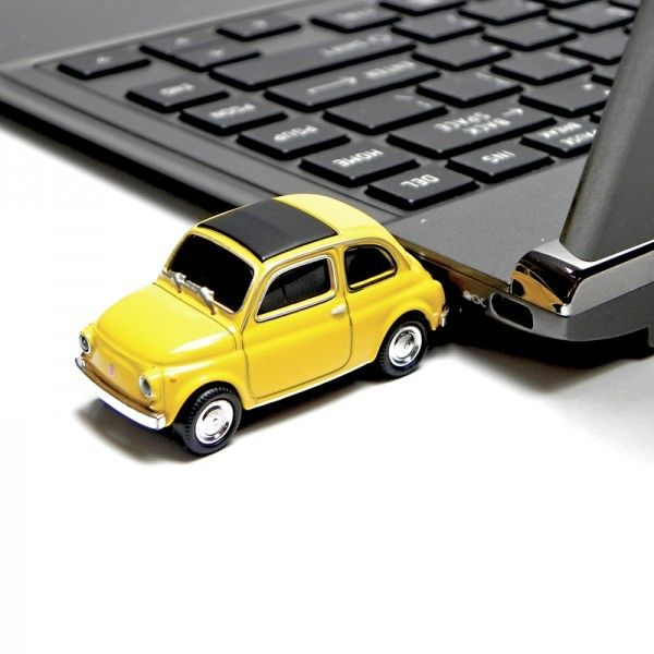 Clé USB 8 Go Fiat 500 jaune ordi #fiat #voiture #car #usb