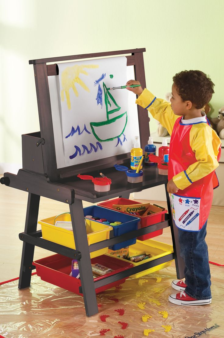 Enter to #win the @One Step Ahead Playroom Prize Package (which includes this great easel and art organizer!). #contest #giveaway