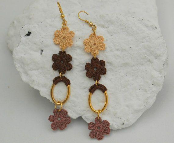 Crochet flower earrings  Crochet jewelry  Long by lindapaula, €8.00