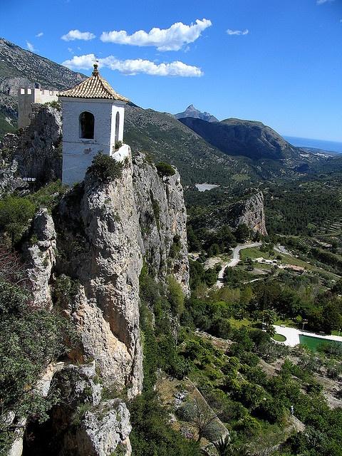 El Castell de Guadalest, Marina Baixa, Alicante, Spain