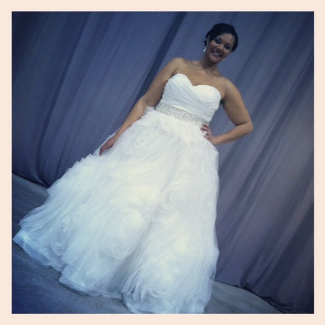 Curvy Bride Plus Size Rocking The Runway Luxe Bridal Minneapolis