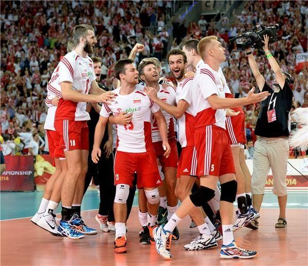 Polska wygrywa