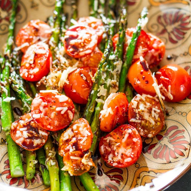 """""""Balsamic Parmesan Roasted Asparagus and Tomatoes""""  http://www.jocooks.com/healthy-eating/balsamic-parmesan-roasted-asparagus-and-tomatoes/"""