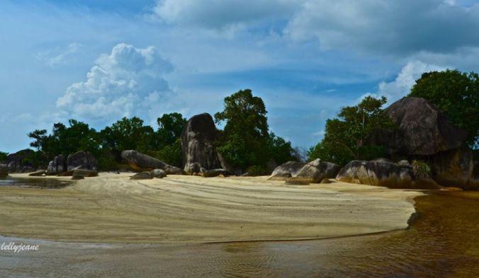 TANJUNG TINGGI BEACH   #Indonesia