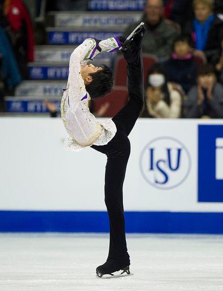 495183004-yuzuru-hanyu-of-japan-skates-during-the-men-gettyimages.jpg (455×594)