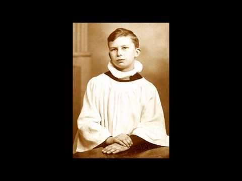 Unknown soloist of Vienna boy's Choir sings Ave Maria, Schubert - YouTube