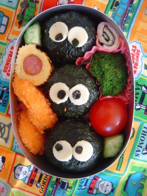 去年から幼稚園に通っている子供のお弁当です。毎日毎日お弁当を作るのは大変だけど、子供が嬉しそうに「今日何のお弁当?」と聞く姿が愛らしくてついつい力が入って ...