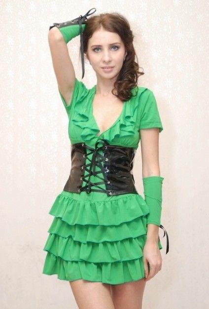Green dress flouncing
