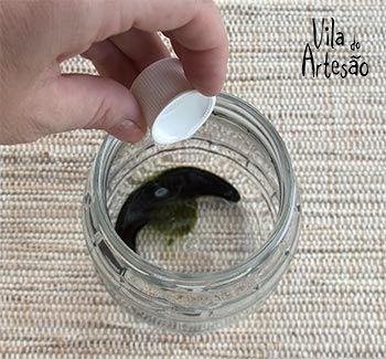 Como tingir potes de vidro para usos decorativos                                                                                                                                                     Mais