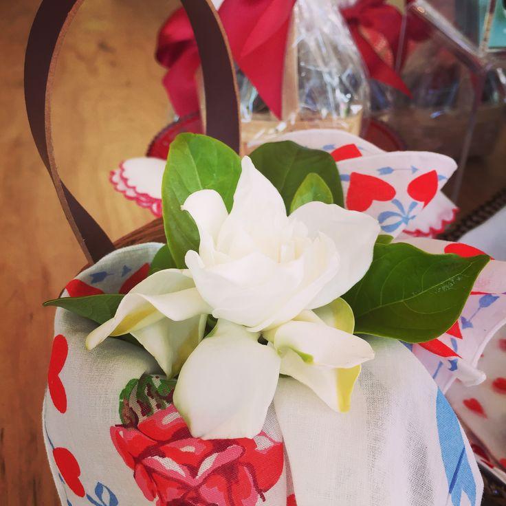tiny basket with gardenia