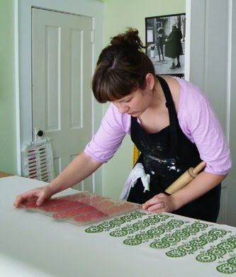 Short blog where a variety of #printmakers list supplies and presses they use to create prints