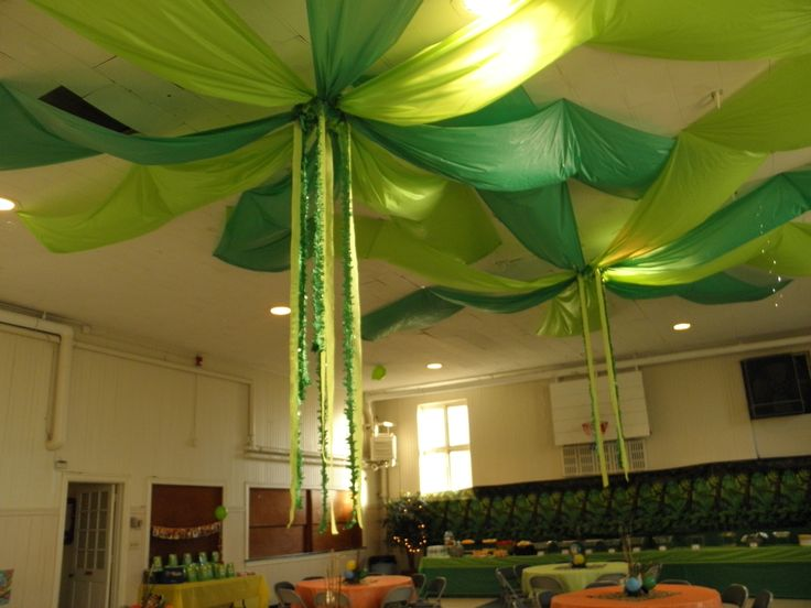 Jungle tree tops pixie hollow for peterpan party party for Baby shower ceiling decoration ideas