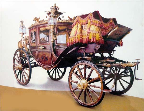Royal Carriage Museum    biancatours.com