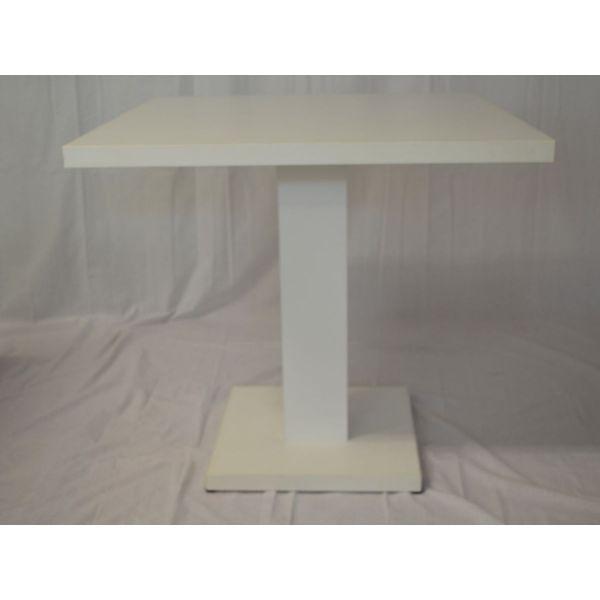 Tavolini quadrati modello Giove Q robusti ed eleganti, ideali per bar, pizzerie, fast food, pub, ristoranti  60x60cm, 70x70cm, 80x80cm, 90x90cm, in legno nobilitato melaminico, ideali per bar, pizzerie, fast food, pub, ristoranti al miglior rapporto prezzo – qualita. Il tavolo puo essere realizzato in colori standard – bianco, bianco lucido, nero, wenge' e tanti altri colori a scelta.