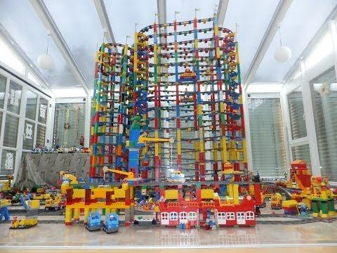 LEGO DUPLO TRAIN on MEGA circuit - Super Buildings Lego City! - YouTube