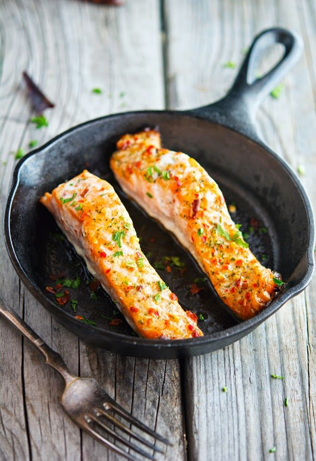 The Iron You - A healthy living blog with tasty recipes: Thai Sweet Chili Glazed Salmon