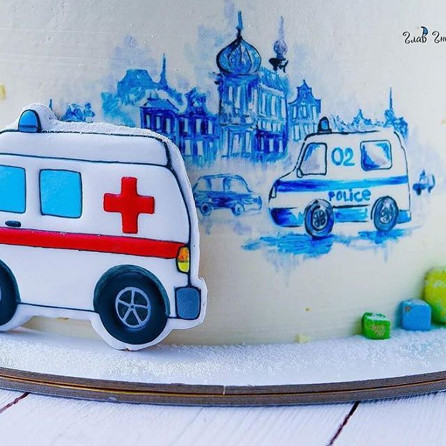Когда маленький именинник посмотрел сюжет про МЧС, влюбился в машинки, а ты долго думаешь о сюжете торта) Этот торт как раз об этом 😂😂😂 Люблю свою работу, мозг не перестаёт все время думать 😀😀😀 #glavgnom #glavgnom_cake #тортназказмосква #тортбезмастики #dessert #desserts #food #foods #sweet #sweets #yum #mmm #hungry #dessertporn #cake #foodgasm #foodporn #delicious #foodforfoodies #instafood #yumyum #sweettooth #chocolate #icecream #soyummy #getinmybelly #tagstagrame #beautiful
