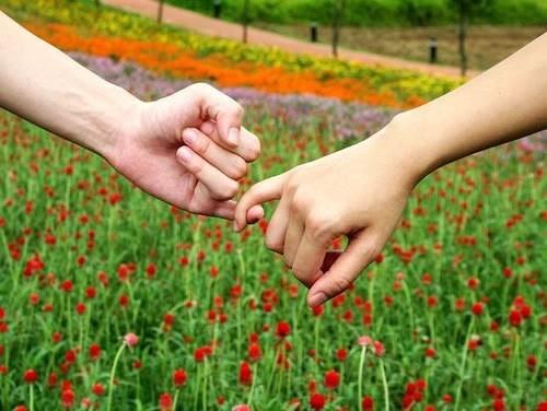 Miłość nie jest skarbem, który się posiało, lecz obustronnym zobowiązaniem. - mojadziewczyna.net