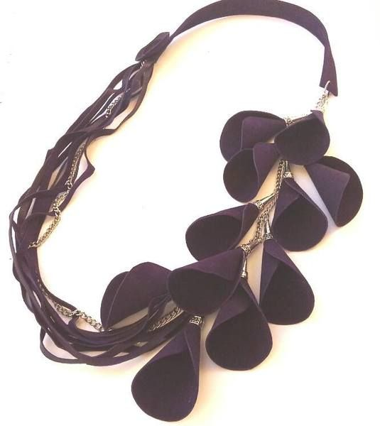 collana in pelle/leather necklaces di Stile Pelle su DaWanda.com