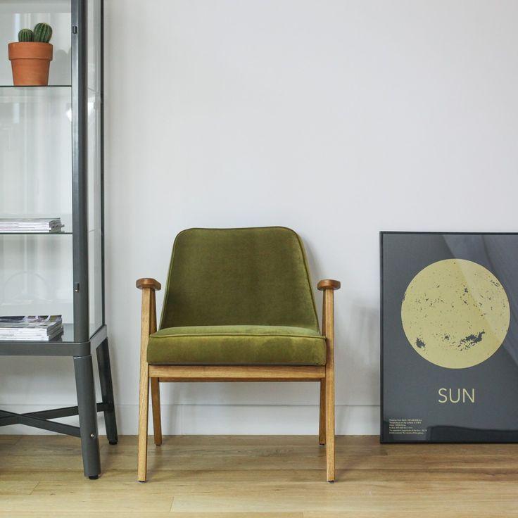 Fauteuil 366 de la marque Slovène 366 Concept en velours vert kaki. #366concept #fauteuil #velvet #armchair #velours #fashion #style #interiordesign #meuble