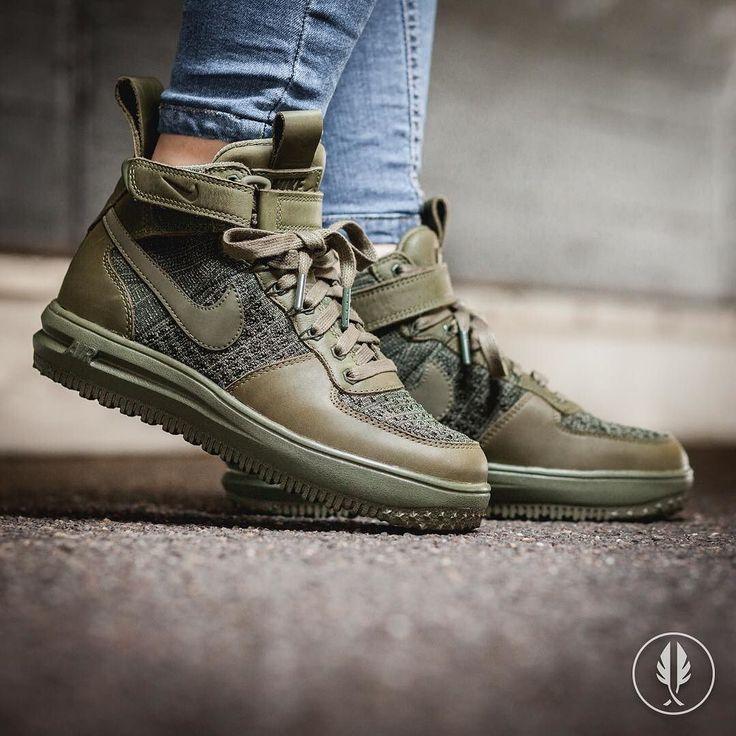 """Nike W Lunar Force 1 Flyknit Workboot"" Medium Olive | US 6.5 - 9.5 | 179.95 | Now Live @afewstore | @nike @nikesportswear @nikewomen @flyknitclub #Nike #LunarForce1 #Flyknit #Workboot #WMNS #teamafew #klekttakeover #womft #sneakerheads #sadp #sneakersaddict #hypebeast #highsnobiety #modernnotoriety #basementapproved #sneakernews #snobshots #hskicks #hypefeet #kicksonfire #complexsneakers #sneakerfreaker #sneakerfreakergermany #praisemag #thedropdate #everysize"