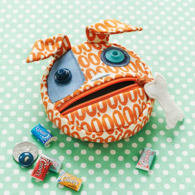 coin purse | Easy Back to School Sewing Ideas That Will Make Your Kids Happy