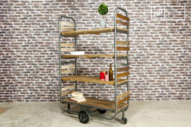 Als Möbel im resoluten  Industriedesign   besteht das Regal Brooklyn aus Eisen und massivem Kiefernholz und verleiht Ihrem Interieur einen Hauch von Atelier-Atmosphäre