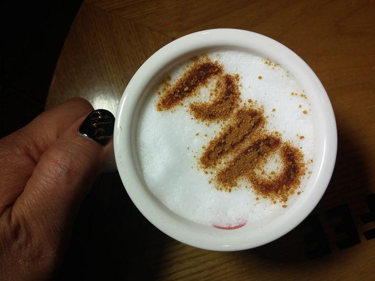 커피한잔 하시면서 잠시 여유를 가져보세요.^^