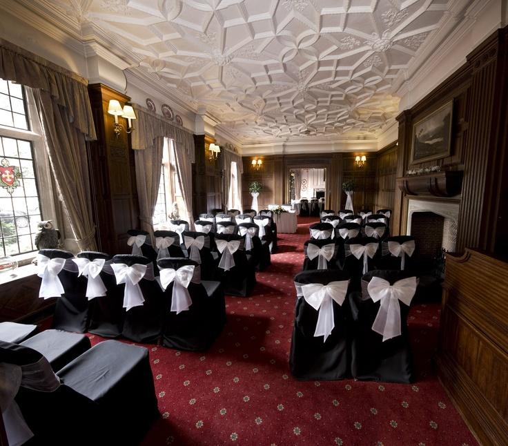 Hedleys at The Manor House Hotel #CelticManorWeddings #WeddingVenues #Wedding #WeddingPlanners #CelticManorResort