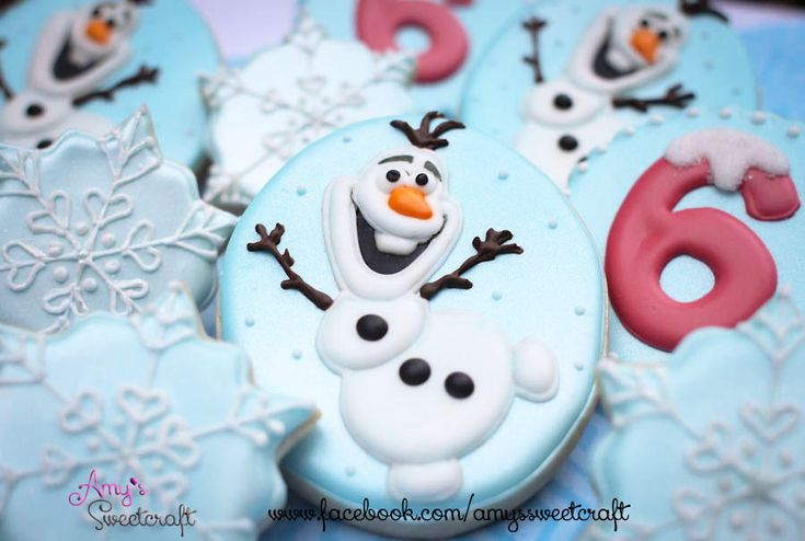 Olaf and Snowflakes Frozen Cookies | Cookie Connection